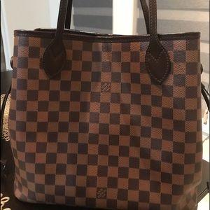 Authentic Louis Vuitton MM Bag Tote
